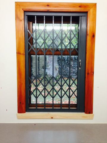 Retractable Security Window Gate