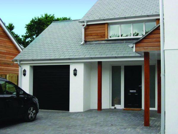 seceuroglide-lt-roller-garage-door-h912